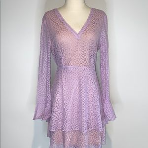 Lace Lavender dress in size Large NWT